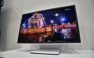 Sharp показала прототип 8K-монитора с восемью портами DisplayPort